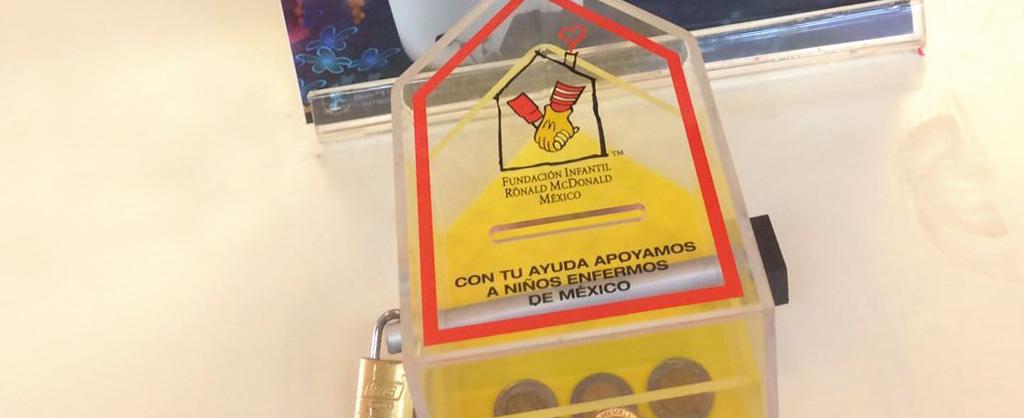 Alcancía de recaudación de fondos pata la Fundación Infantil Ronald McDonald Mexico.